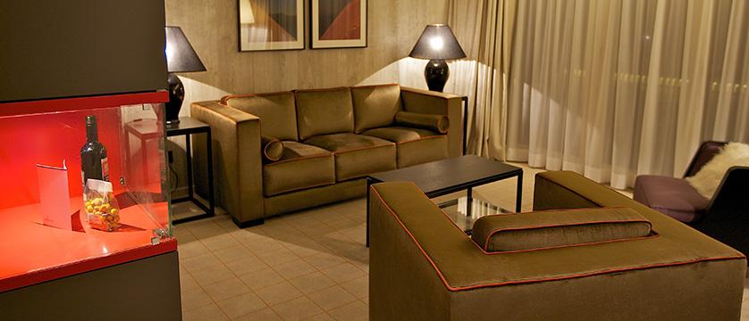 Switzerland_Davos_Hotel_Grischa_suite.jpg